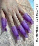 Nail artist.nail gel removal.a...