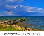 Chesapeake Bay  Pier  Waves And ...