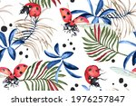 Seamless Pattern Of Palm Leaves ...