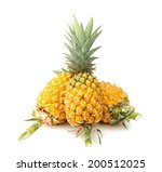 Fresh Yellow Pineapple  Rough...