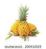 Fresh Yellow Pineapple  Rough...