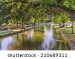 Bourton On The Water England...
