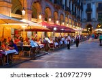 Street Restaurants At Placa...