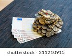 Money Frog And Euro Banknotes ...