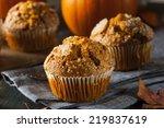 Homemade Autumn Pumpkin Muffin...