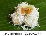 thai dessert made from coconut