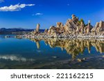 Tufa Formations At Mono Lake ...