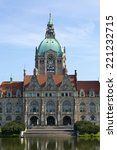 Stock photo hannover town hall neues rathaus on a beautiful summer morning 221232715