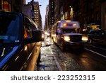 New York  Usa   December 08 ...