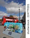 Постер, плакат: LONDON OCTOBER 19