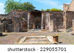 Ruins Of A House In Pompeii ...