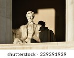 ������, ������: Abraham Lincoln Statue detail