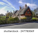 Pretty English Cottage In A...