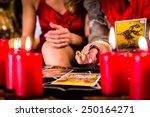 Fortuneteller Laying Tarot...