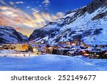 Famous And Luxury Place Of Val...