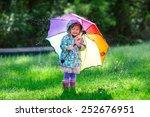 Funny Cute Toddler Girl Wearin...