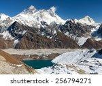 View Of Everest  Lhotse  Makal...
