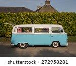 Vintage Volkswagen Camper Van ...