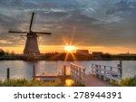 Windmills In Kinderdijk ...