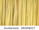 Close Up Artificial Thatch...