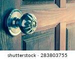 Knob On Old Wooden Door Vintag...