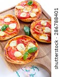 tomato and mozzarella mini... | Shutterstock . vector #286788401
