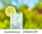 Sparkling Water And Lemon Slic...