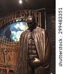 Постер, плакат: Batman at the Warner