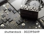 internet www. website design   ....   Shutterstock . vector #302395649
