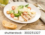 Salad With Chicken  Tomatoes...