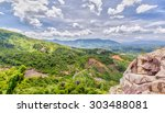 Khanh Vinh Pass Offers The Mos...