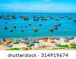 Fishing Village In Mui Ne ...