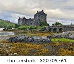 eilean donan castle  loch duich ...