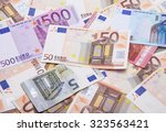 Diferents Eoros Note In A Whit...