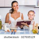 adult american housewife... | Shutterstock . vector #327035129