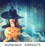 ������, ������: Halloween Witch with a