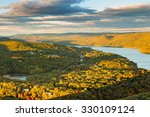 Hudson Valley And Fort...