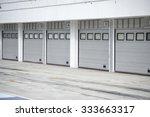 Small photo of Auto - motor speedway garage