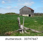 A Traditional Old Wooden Barn ...