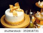 Stylish Luxury Decorated Candy...