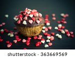 Cupcakes With Small Hearts On...