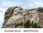 View Of Mount Rushmore National ...