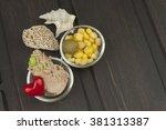 tuna chunks with vegetables ...