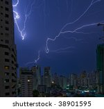 Multiple Lightning Strikes In...