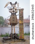 Recycled Metal Robots Theme...
