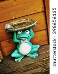 Ceramics Frog Holding Plate...