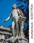 statue of wolfgang amadeus... | Shutterstock . vector #423577924