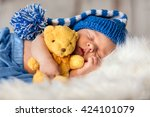 Baby Newborn Portrait  Boy Ki...