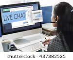 Live Chat Chatting...