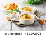 mushroom cream soup with...   Shutterstock . vector #452292925